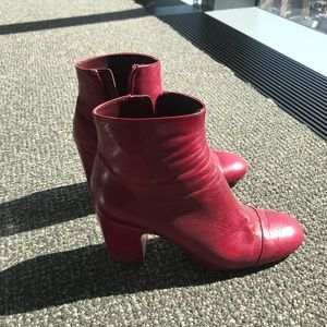 Zara boots in leather! Size 41